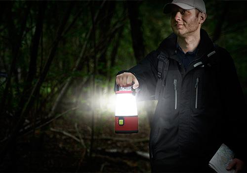Weatheready-Emergency-Lantern-holding-outdoor